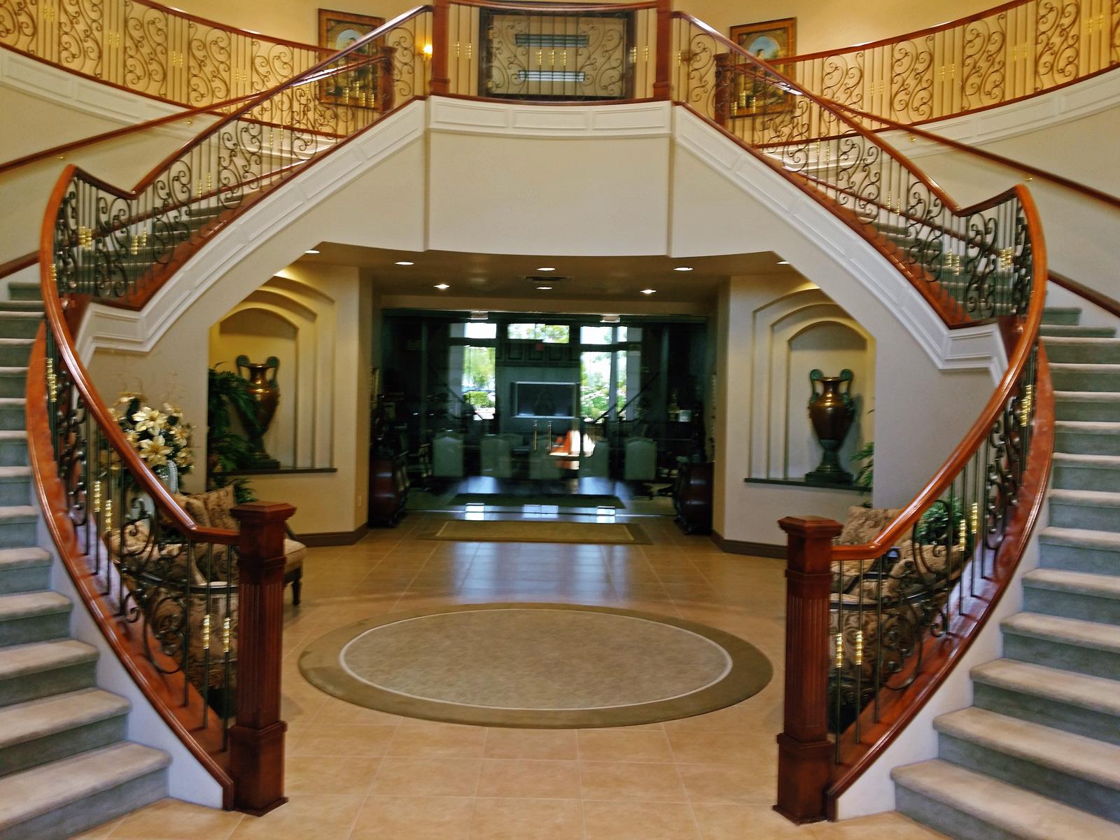 Tuscany Circular Grand Staircase